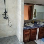 1b) Pose des mosaïques et vasque [800x600]